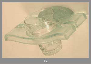 GLASS HOLDER IN TRANSPARENT PLASTIC GREEN