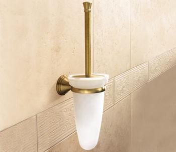 Brosse de toilette avec touffe de poils dans le mur