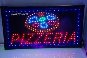 Eine LED-Sign Light PIZZERIA
