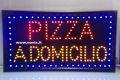 INSEGNA PIZZA A DOMICILIO